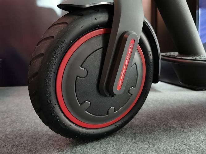rueda montada patinete