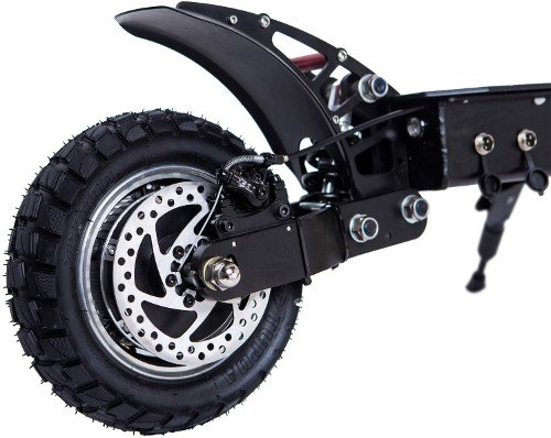 Neumáticos inflables vs Ruedas sólidas: ¿Cuáles son mejor?