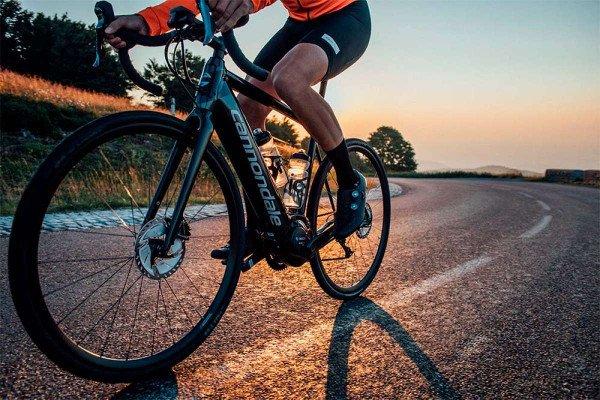 bicicleta electrica de carretera synapse neo