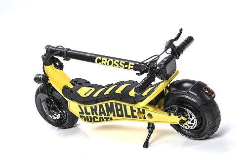 Scrambler Ducati Patinete Eléctrico Cross-E, Negro y Amarillo plegado