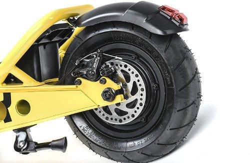 Scrambler Ducati Patinete Eléctrico Cross-E, Negro y Amarillo ruedas