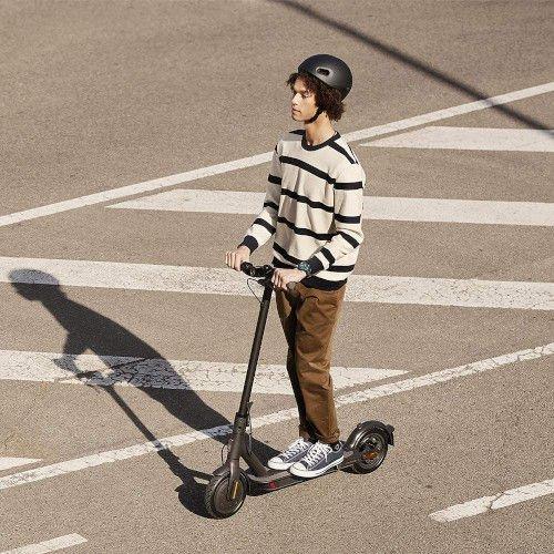 Los 5 mejores patinetes eléctricos ligeros de 2021: Los vehículos eléctricos ideales y prácticos para el día a día